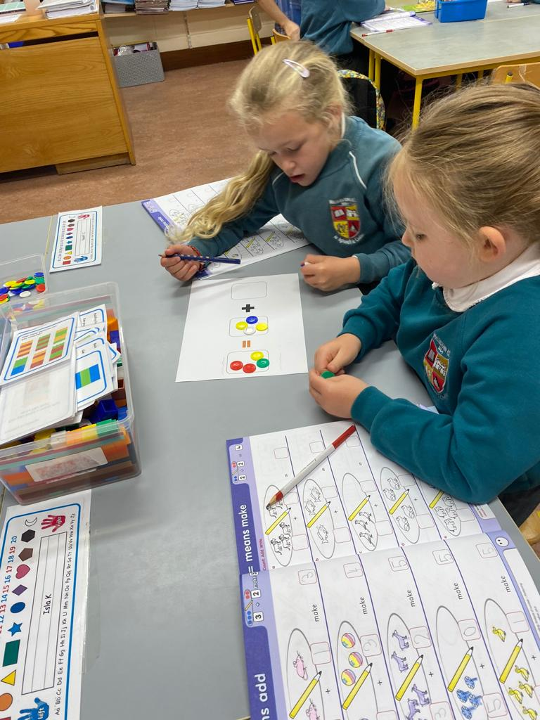 Maths activities in pairs, using counters